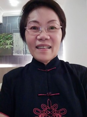 <span>Lily Koay, 73</span> <span style='width: 25px; height: 16px; float: right; background-image: url(/bitmaps/flags_small/MY.PNG)'> </span><br><span>Petaling Ja, Malaysia</span> <input type='button' class='joinbtn' style='float: right' value='JOIN NOW' />