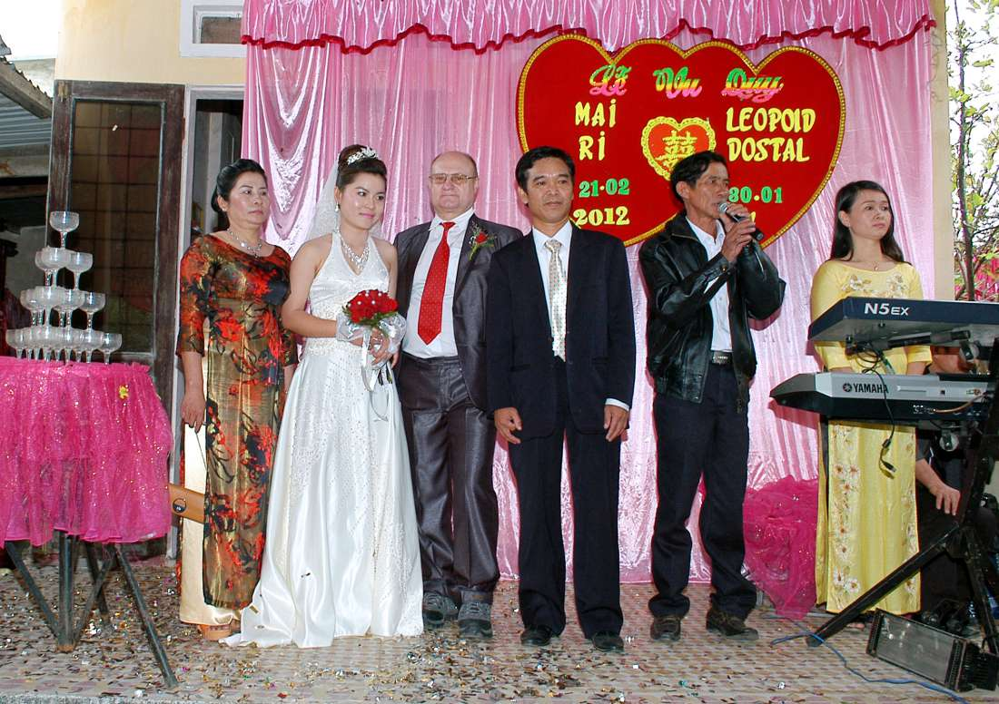 Hello everybody!<br><br>On February 21 I went to Vietnam and married the woman of my life!<br><br>I really thank Interkontakt!